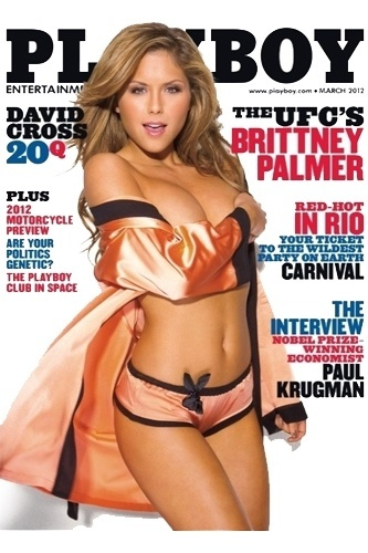 Brittney Palmer, uma das musas das ring girls do UFC,  capa da edio de maro da Playboy nos EUA. Para os marmanjos que no vo ver a revista, a beldade preparou um golpe mortal: o 