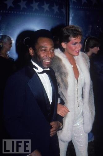Pelé classificou romance com Xuxa como 'amizade colorida'