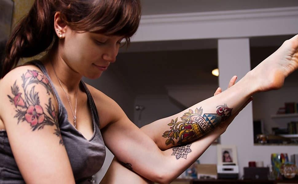 Tatuagens da atriz Mel Lisboa integram a exposição