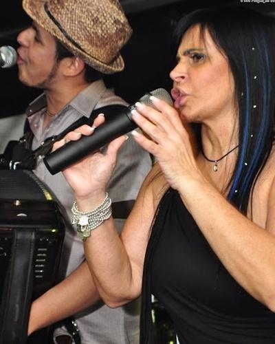31.jan.2013 - Gretchen, a Rainha do Rebolado, retornou aos palcos e está fazendo a cabeça dos gringos com o seu
