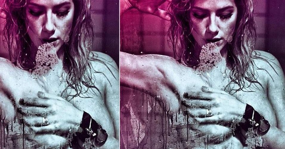 Giovanna Ewbank postou uma foto ousada no twitter (30/3/12). A atriz aparece seminua no chuveiro cobrindo os seios com uma das mãos na imagem clicada por André Nicolau