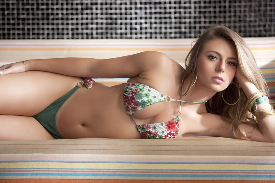 Marianne Ranieri, 27, representante do Piauí no concurso Miss Bumbum 2012, divulgou neste sábado (10/11/12) um ensaio tentando superar sua atual 20ª posição do ranking