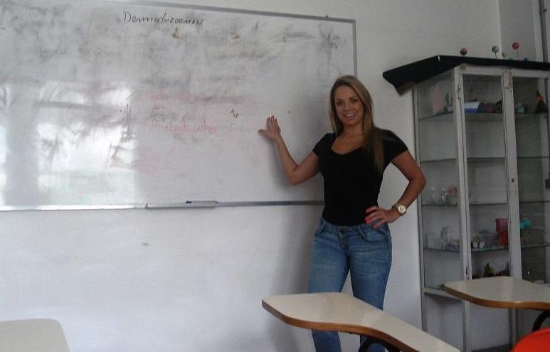 Jessica Lopes, representante do Vasco no concurso Gatas do Brasileiro, era professora de matemática, mas trocou as salas de aula pela carreira de modelo